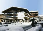 Rakouský hotel Mitteregger v zimě