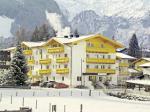 Rakouský hotel Vier Jahreszeiten v zimě